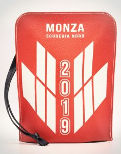 HY-2856 Bauletto Monza Scuderia Nord POCHETTE IN ECOPELLE  cm 20 x 14 x 6  - 10 pezzi