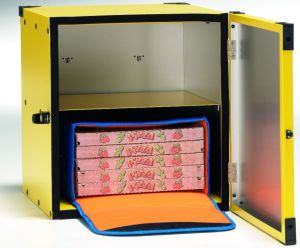 BP50R Non-insulated pizza box, central shelf for 2 ø 50 thermal bags